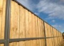 Kwikfynd Lap and Cap Timber Fencing orion